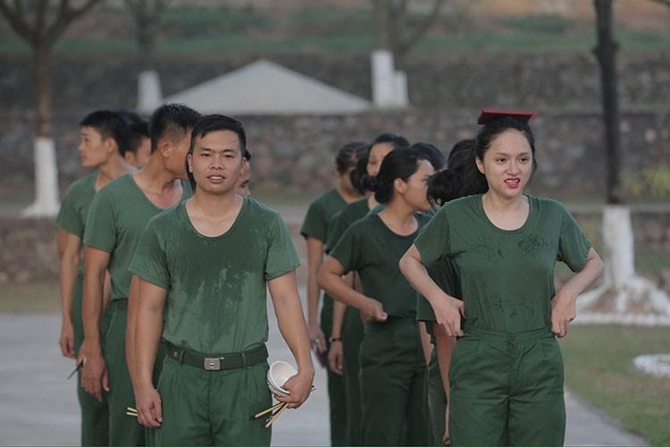Hot Face sao Viet 24h: Huong Giang Idol tai xuat truyen hinh sau on ao