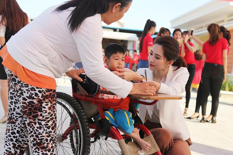 Day la ly do chang trai nao cung muon cuoi HH Thu Thao-Hinh-14