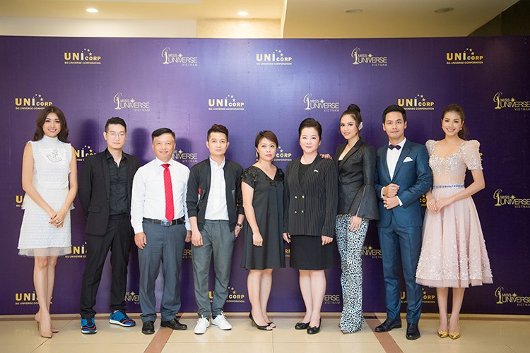 MC Phan Anh lam giam khao Hoa hau Hoan vu Viet Nam 2017-Hinh-10