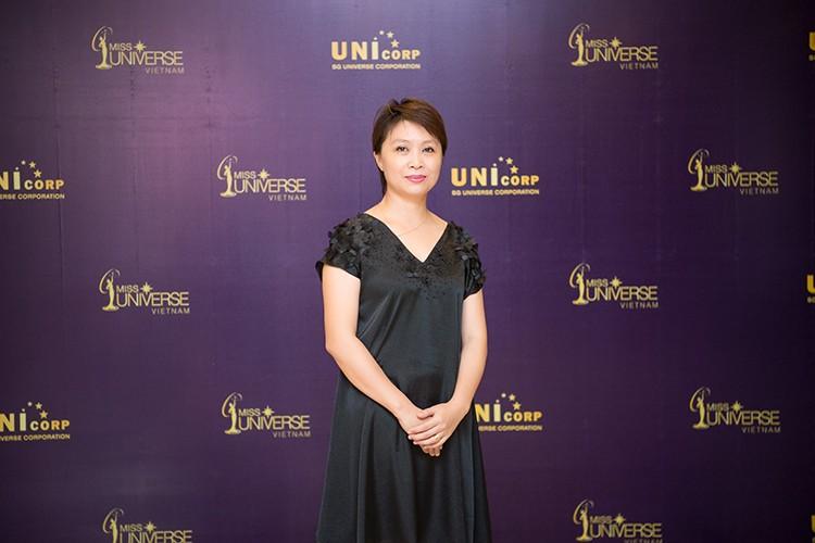 MC Phan Anh lam giam khao Hoa hau Hoan vu Viet Nam 2017-Hinh-9