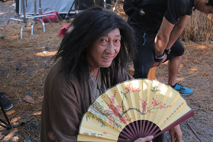 Hau truong phim hai dam chat Chau Tinh Tri cua Dustin Nguyen-Hinh-10