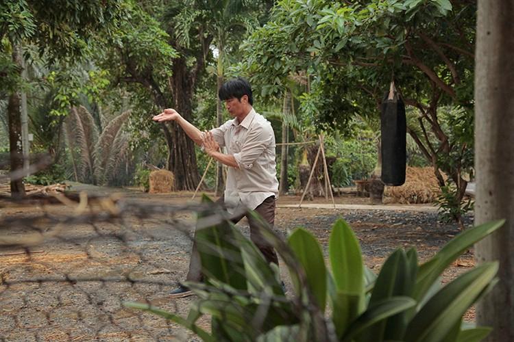 Hau truong phim hai dam chat Chau Tinh Tri cua Dustin Nguyen-Hinh-4