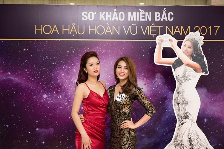 Thi sinh Hoa hau Hoan vu Viet Nam dep nuot na trong so khao-Hinh-2