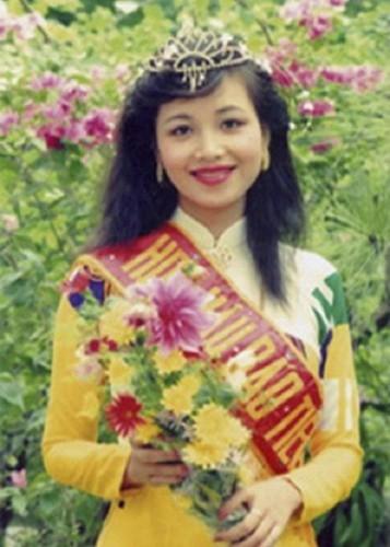 Hoa hau VN: Nguoi vien man, nguoi lam me don than-Hinh-3