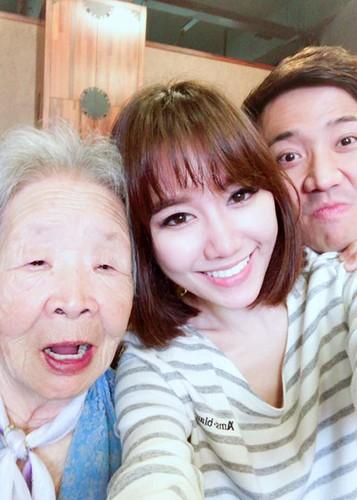 Hot Face sao Viet 24h: Hari Won khoe ba ngoai nguoi Han Quoc