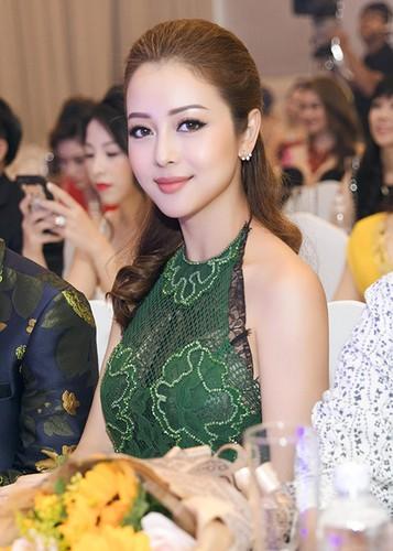 Jennifer Pham dep nao long ben Dam Vinh Hung-Hinh-4