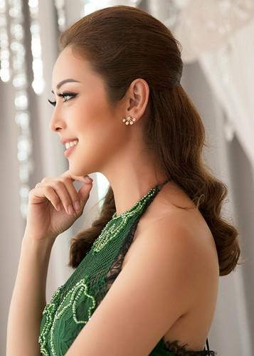Jennifer Pham dep nao long ben Dam Vinh Hung-Hinh-8