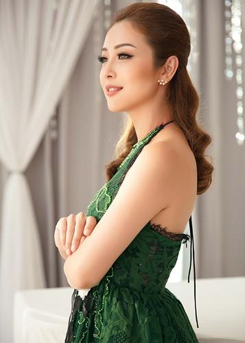 Jennifer Pham dep nao long ben Dam Vinh Hung-Hinh-9