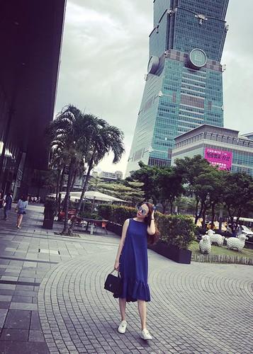 Hot Face sao Viet 24h: Bat ngo qua sinh nhat Hoai Linh tang me-Hinh-8