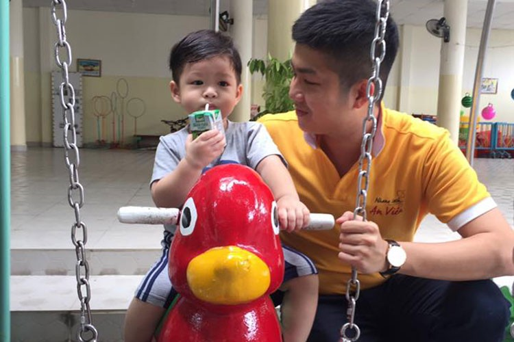 Hot Face sao Viet 24h: Hari Won qua goi cam o doi thuong-Hinh-3