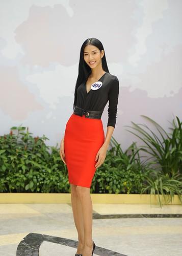 Hoang Thuy thang giai dau tien tai Hoa hau Hoan vu Viet Nam-Hinh-3