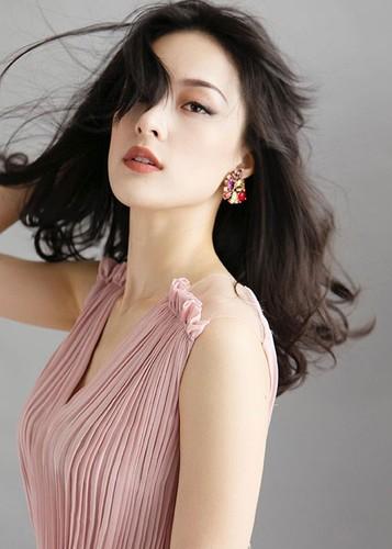 Hot Face sao Viet 24h: Angela Phuong Trinh bi nem da vi dieu nay-Hinh-9