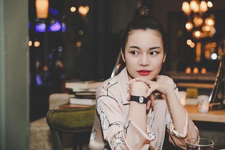 Hot Face sao Viet 24h: Ngoc Trinh chi 2 ty mua sam mung sinh nhat-Hinh-6