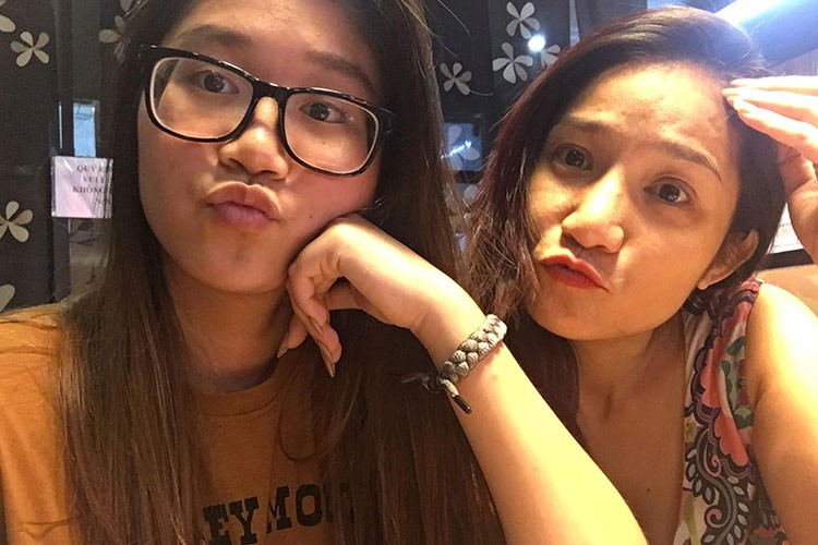 Hot Face sao Viet 24h: Ngoc Trinh chi 2 ty mua sam mung sinh nhat-Hinh-7
