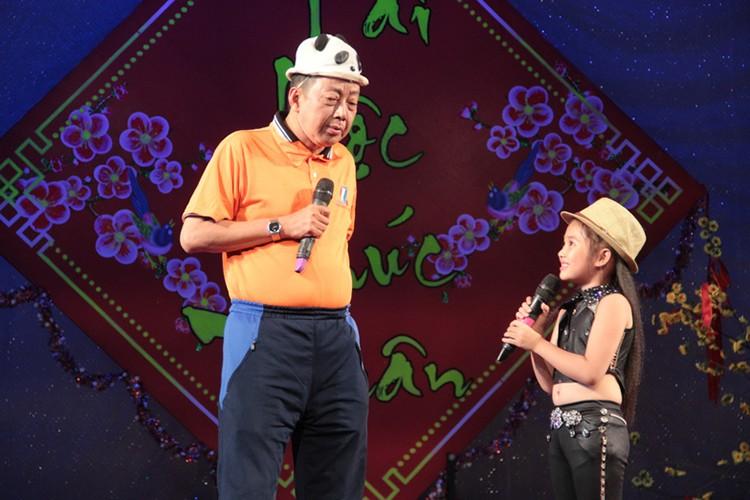 Day la con gai nuoi duoc NS Khanh Nam het long nang do-Hinh-12