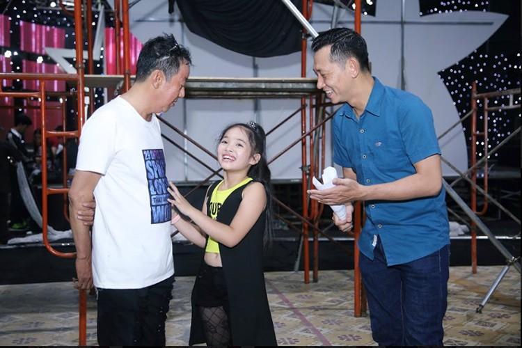 Day la con gai nuoi duoc NS Khanh Nam het long nang do-Hinh-2