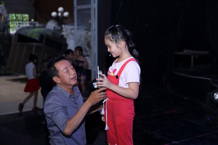 Day la con gai nuoi duoc NS Khanh Nam het long nang do-Hinh-3