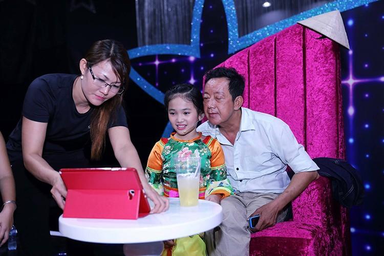 Day la con gai nuoi duoc NS Khanh Nam het long nang do-Hinh-5