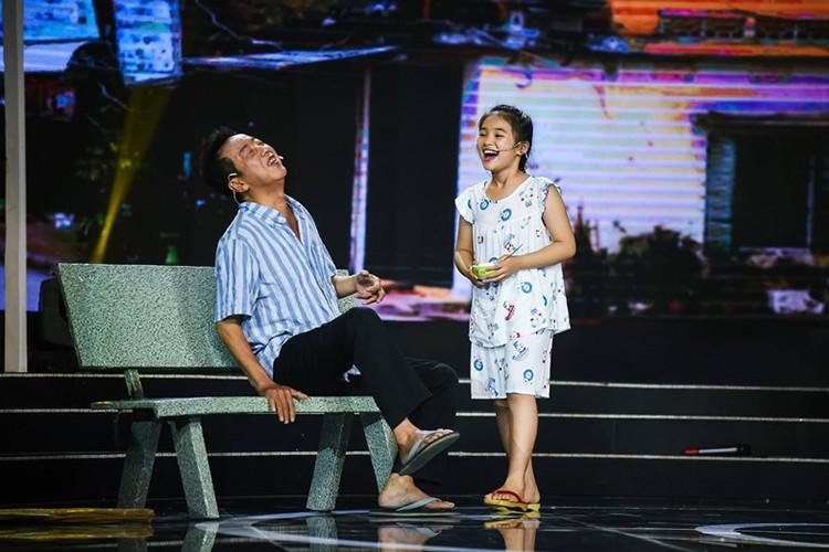 Day la con gai nuoi duoc NS Khanh Nam het long nang do-Hinh-8
