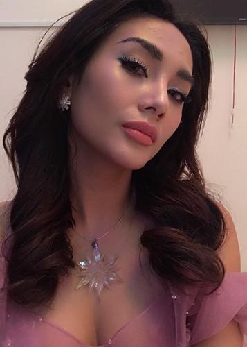 Hot Face sao Viet 24h:  Dao Ba Loc dang status an y giua on ao-Hinh-4
