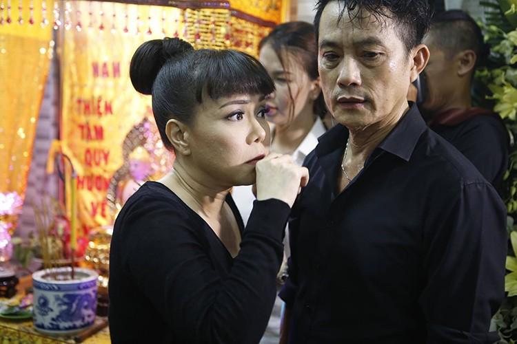 Sao Viet dau buon den vieng nghe si Khanh Nam-Hinh-3