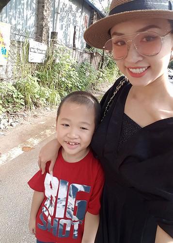 Hot Face sao Viet 24h: Tran Thanh than buon sau on ao-Hinh-12
