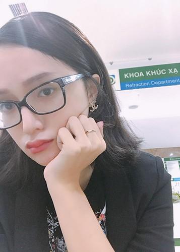 Hot Face sao Viet 24h: Tran Thanh than buon sau on ao-Hinh-7