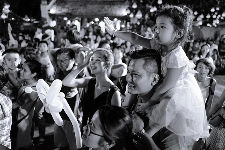 Dan nhoc ti nha sao Viet don Trung thu 2017 ra sao?
