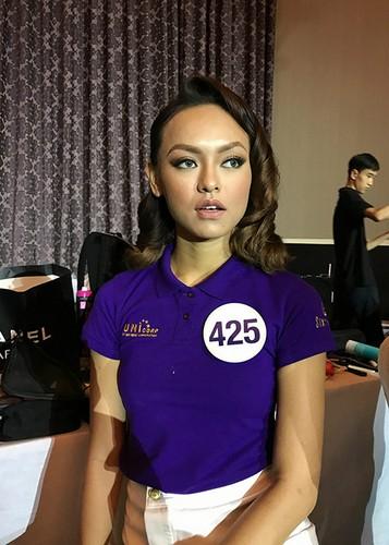 Hot Face sao Viet 24h: Huyen My bat ngo duoc doi thu khen xinh-Hinh-12