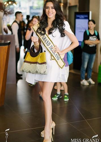 Chan dung nguoi dep Miss Grand International 2017 bi camera soi moi-Hinh-5