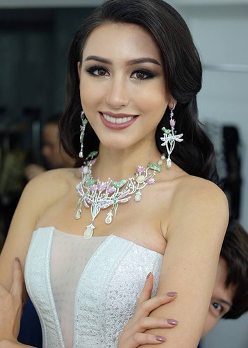 Chan dung nguoi dep Miss Grand International 2017 bi camera soi moi-Hinh-6