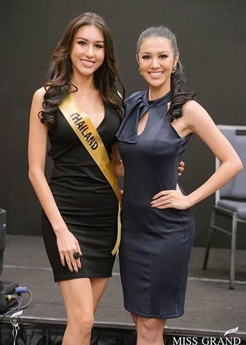 Huyen My cung thi sinh Miss Grand International chinh thuc deo dai bang-Hinh-4