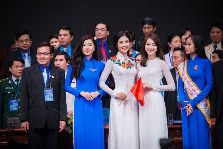 Do sac cap chi em hoa hau than thiet Ngoc Han - Dang Thu Thao-Hinh-6