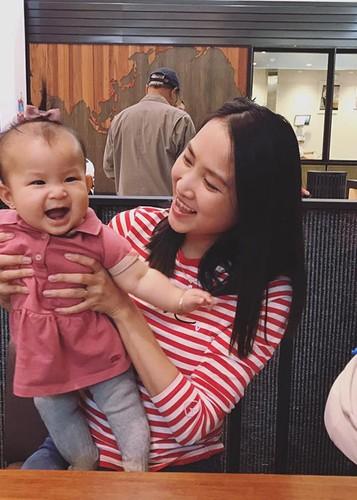 """Hot Face sao Viet 24h: Con trai Quoc Tuan """"ep"""" bo mua may giat moi-Hinh-12"""
