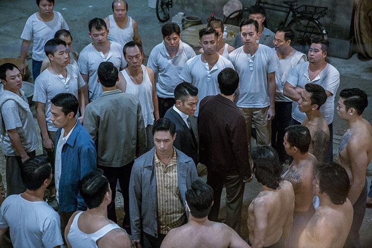 Chan Tu Dan dong que, Luu Duc Hoa vao vai canh sat-Hinh-11
