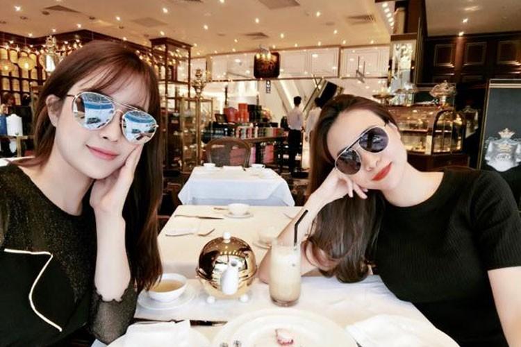 Hot Face sao Viet 24h: Bi Vinh Thuy che xam, Lam Khanh Chi len tieng-Hinh-10