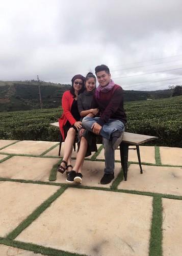 Hot Face sao Viet 24h: Bi Vinh Thuy che xam, Lam Khanh Chi len tieng-Hinh-2