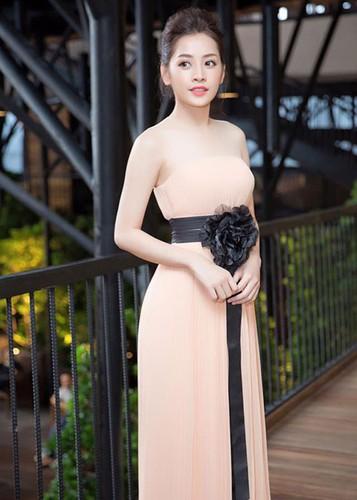 Dau can so do 3 vong chuan, Chi Pu dien do van dep!-Hinh-7