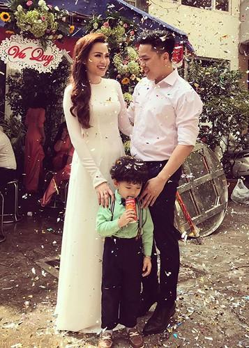 Hot Face sao Viet 24h: Dam Thu Trang ngay cang xinh mien che-Hinh-8