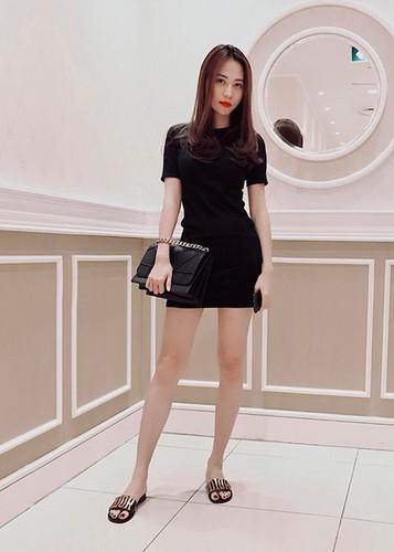 Hot Face sao Viet 24h: Dam Thu Trang ngay cang xinh mien che