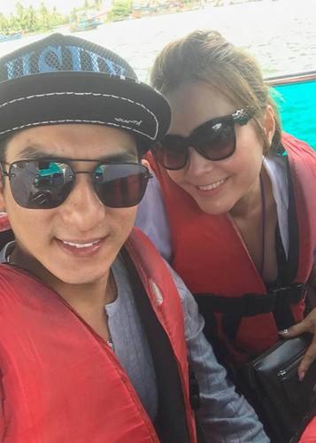 Ly hon Phi Thanh Van, Bao Duy kiem tien khung, lay vo xinh-Hinh-7