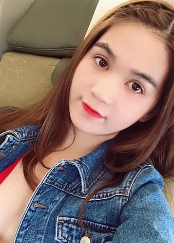 Hot Face sao VIet 24h: Con gai Elly Tran hoa Bach Tuyet gay sot-Hinh-2