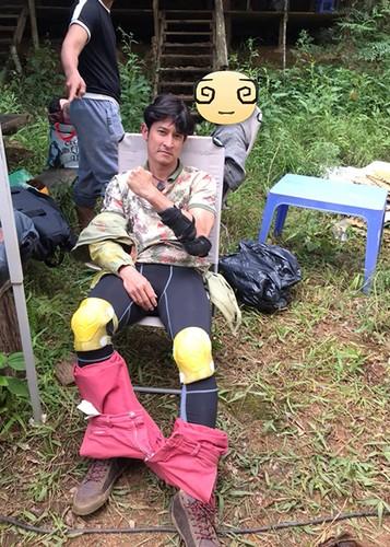 Hot Face sao Viet 24h: Xuan Bac tuoi tan giua on ao cua vo-Hinh-11