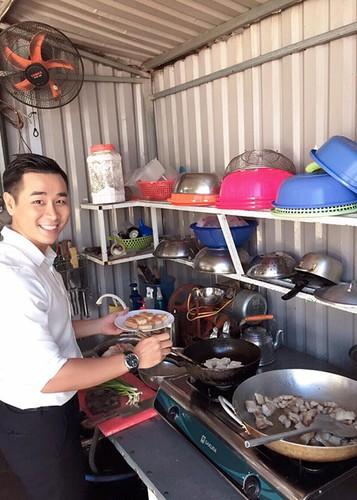 Hot Face sao Viet 24h: Xuan Bac tuoi tan giua on ao cua vo-Hinh-3