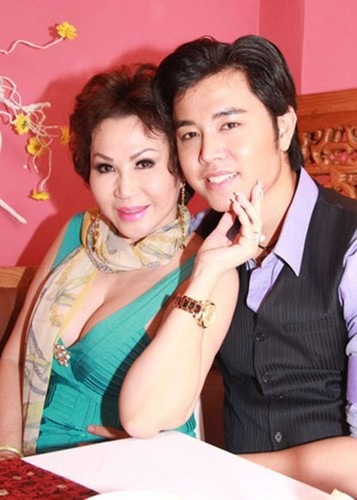 "Sao Viet yeu ""phi cong tre"": Nguoi hanh phuc, ke chia tay-Hinh-7"