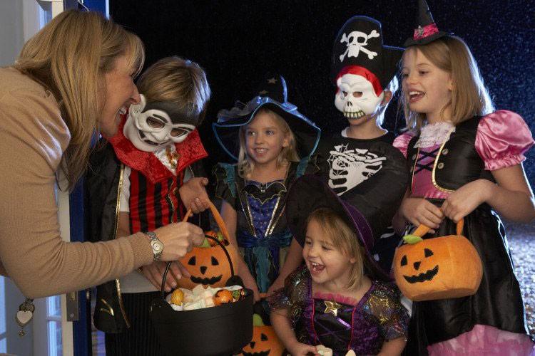 Rung ron nhung truyen thuyet bi an ngan nam ve Halloween-Hinh-4