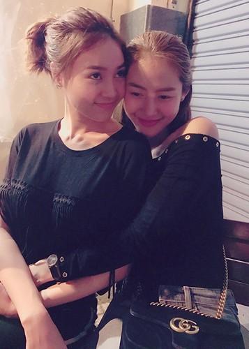 Hot Face sao Viet 24h: Vy Oanh lam dieu khong ngo sau scandal-Hinh-2