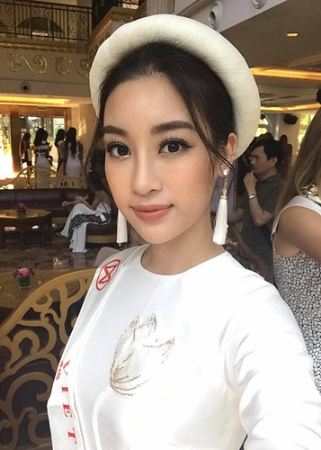 Hot Face sao Viet 24h: Vy Oanh lam dieu khong ngo sau scandal-Hinh-7