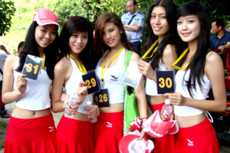 Huyen My: Tu mau teen den top 10 Miss Grand International-Hinh-2