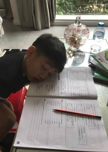Hot Face sao Viet 24h: Hoang Thuy Linh - Vinh Thuy hen ho o Thai Lan-Hinh-13